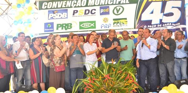Almeida com as liderancas politicas.