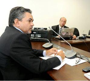 Deputado Antônio Pereira.