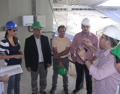 Max ao lado do deputado Hélio Soares