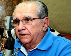 Entrevista de Castelo na Radio Educadora.