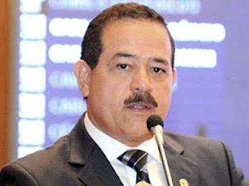 O parlamentar é denunciado por conta da Prefeitura de Pedreiras.