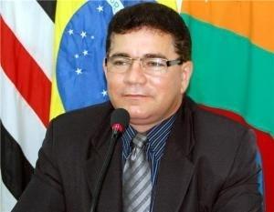 Alan Linhares.