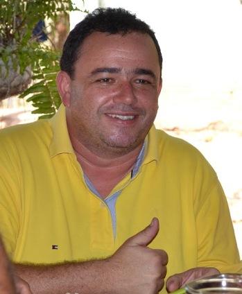 Erlânio Xavier.