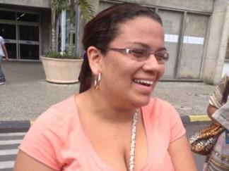 Andressa disse que passou a noite anterior no samba (Foto: Renata Soares/G1)