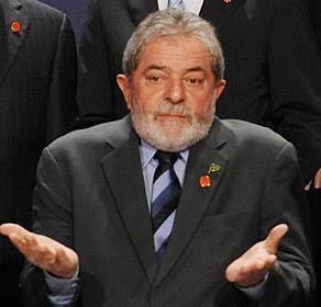 MPF acusou o ex-presidente Lula de promoção pessoal e de beneficiar o banco BMG, envolvido no escândalo do mensalão.