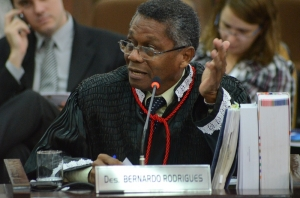 Para José Bernardo Rodrigues, o prefeito tentou manipular o resultado da licitação