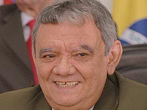 Isaías Pereirinha.