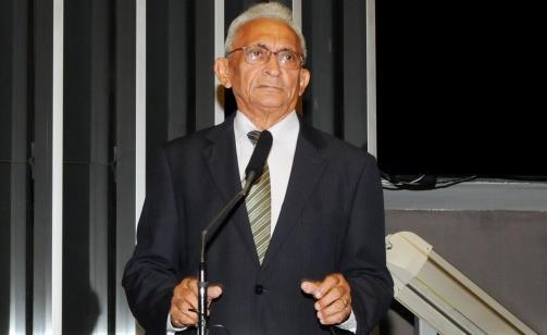 Deputado Costa Ferreira.