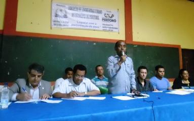 Presidente falando para lideranças que participaram do encontro.