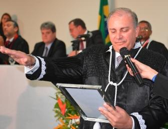 Desembargador Froz Sobrinho.