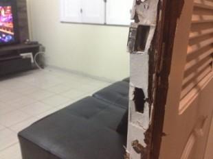 Porta da sala arromabada