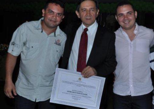 Cláudio Barros, o prefeito Antônio Carlos e o sobrinho João Ricardo.