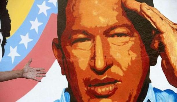Presente na vida política da Venezuela há pelo menos 20 anos, o tenente-coronel da reserva Hugo Rafael Chávez Frias atraiu ódio e amor da população na mesma medida. Foto: Reprodução