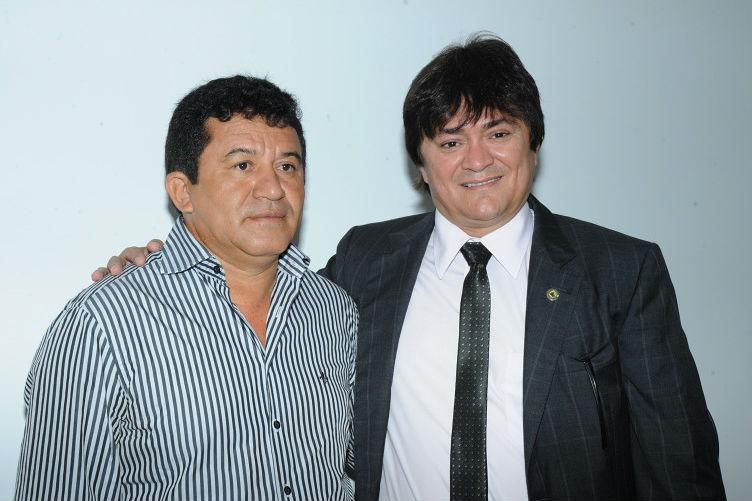 Prefeito Evandro e o deputado Léo Cunha.