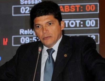 Deputado tinha negócios com Gláucio Alencar.