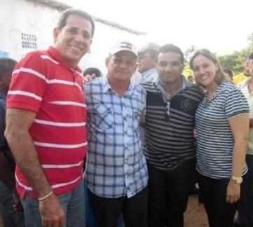Deputado Zé Carlos, prefeito Osmar Fonseca, Josimar Cunha e a prefeita Detinha.