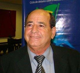 Dr. Miguel: o rei das contratações.