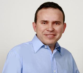 Prefeito de Cajari, Joel Dourado Franco.