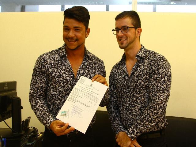 No Fórum Desembargador Sarney Costa, Ruber e Armando se casaram com a presença de amigos, familiares e imprensa. (Foto: Flora Dolores/O Estado)