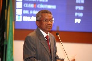 Presidente do Tribunal Regional Eleitoral (TRE), desembargador José Bernardo Rodrigues