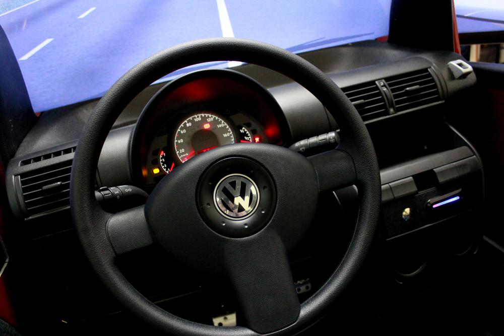 Fotos 1 e 2 – Simulador de direção será uso obrigatório nas autoescolas.