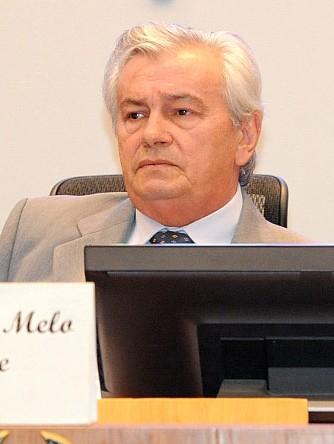 Arnaldo Melo teria tentando negociar PCCV com diretoras de sindicato. Foto: Divulgação / Agência Assembleia