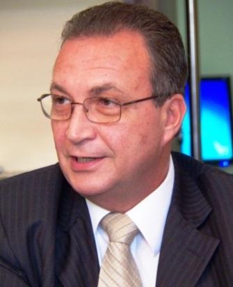 Secretário Luis Fernando.