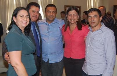 Rigo Teles reunido com prefeitos e Roseana Sarney.