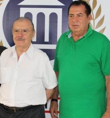 Sarney ao lado de Mauro Fecury.