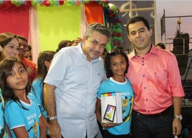 Antonio Pereira e o prefeito Erick Costa.