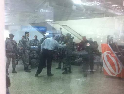 Homens da da Força Nacional de Segurança desembarcaram na tarde deste sábado no Aeroporto Marechal Cunha Machado ( fotos: Ana Marques).