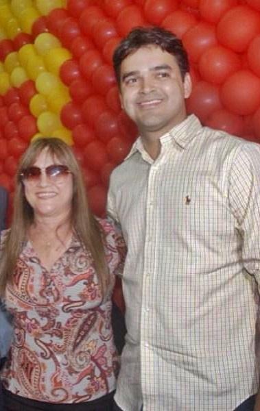 A prefeita de Matões, Sueliy Pereira e seu filho, o deputado Rubens Jr