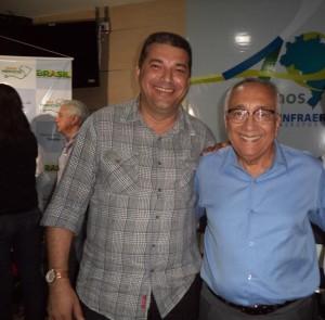 Ministro do Turismo, Gastão Vieira ao lado do prefeito José Gomes