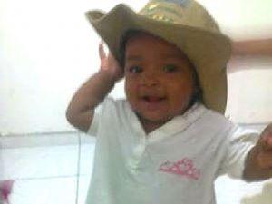 Lorrane Beatriz, de um ano e cinco meses, deixa hospital