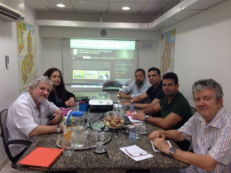 Gil Cutrim durante reunião de trabalho com membros do NAP.