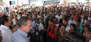Foto 1 - Secretário Luis Fernando inaugura estrada de acesso ao Ifma, em Codó, ao lado do prefeito Zito Rolim