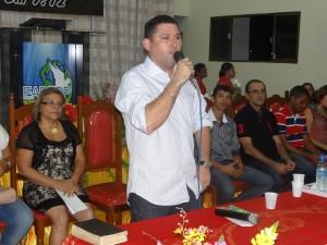 Prefeito Hernando Macedo.