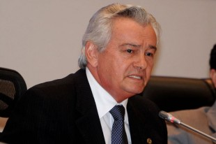 Presidente da Assembleia Arnaldo Melo.