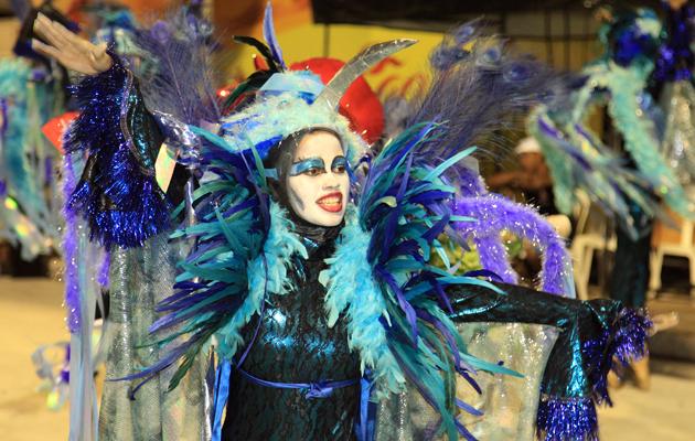 Maquiaguem e figurino da Flor do Samba se destacaram no desfile. (Foto: Paulo de Tarso Jr.)