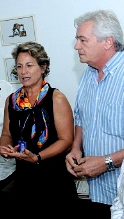 A ex-investigada Dulce Brito e o presidente da Assembleia, deputado Arnaldo Melo.