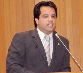 Deputado estadual Edilázio Júnior.