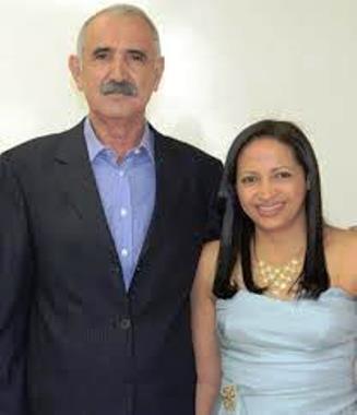 Ex-prefeito Primo ao lado da esposa, deputada Francisca Primo.