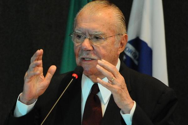 senador José Sarney (PMDB-AP)