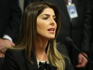 Andressa ainda não se decidiu sobre convite da Playboy, diz assessoria