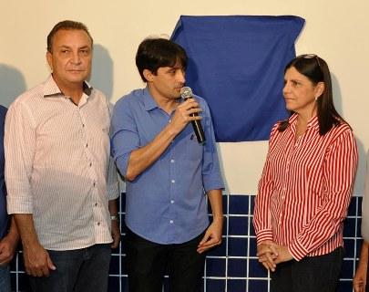 André Campos inaugura com Roseana posto do Detran em Imperatriz.