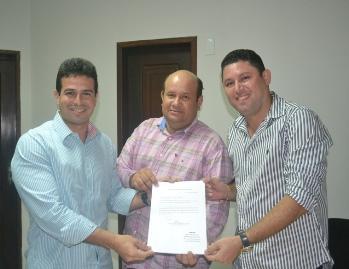 Gil, Fred Maia e Hernando Macedo registraram a chapa única para o biênio 2015/16.