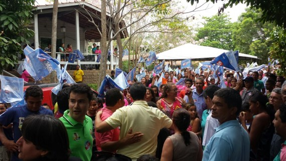 Carisma de Glalbert marca a passagem do candidato em Altamira do Maranhão