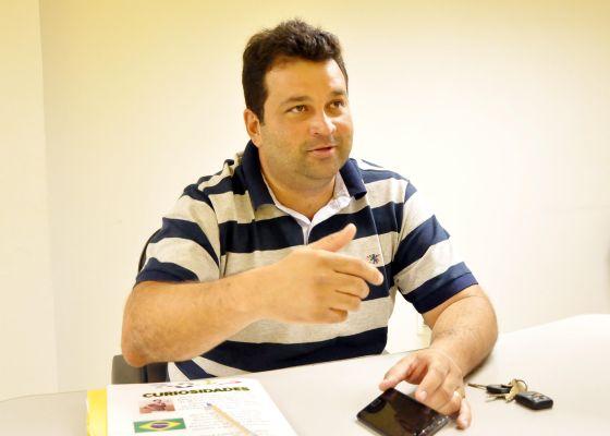 Adelmo Soares.