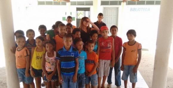 Alunos na Escola São Francisco no povoado Mucumbiu