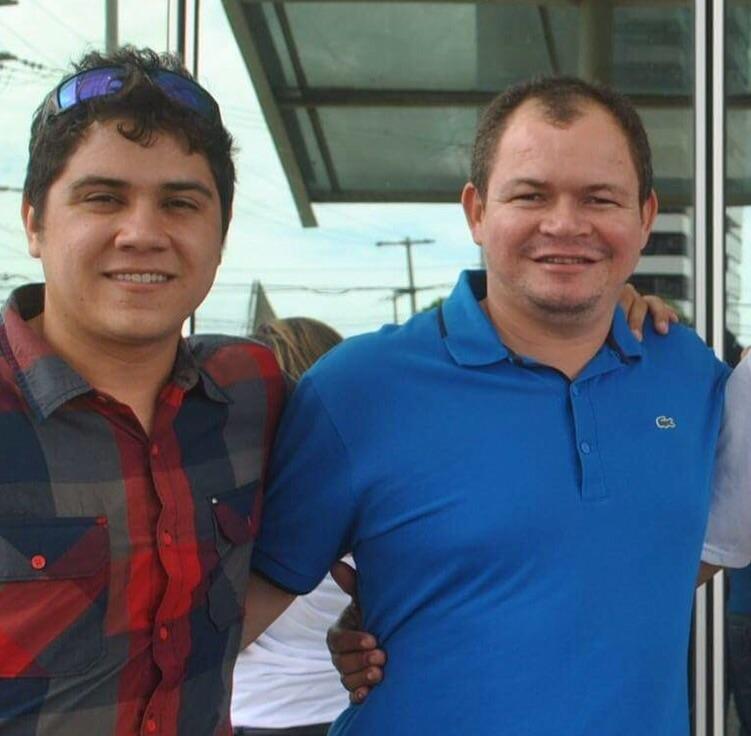 André Veras ao lado do deputado Rafael Leitoa.